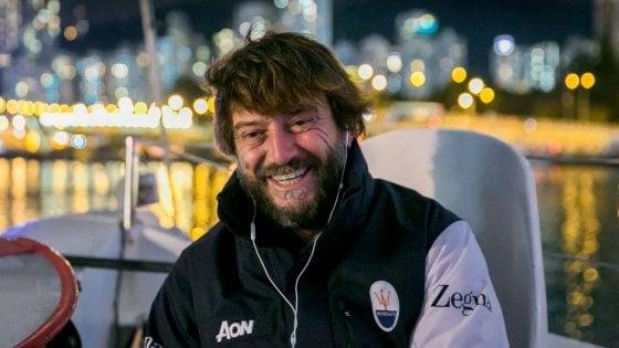 Vela, capitan Soldini da Hong Kong a Londra: caccia al record, 13 mila miglia sul trimarano senza soste