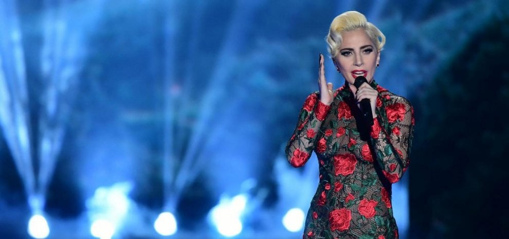 Lady Gaga arriva per una sola data a Milano,  Colapesce porta in tour il disco 'Infedele'