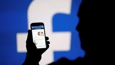 Facebook cambia il News Feed:  priorità ad amici e famiglie