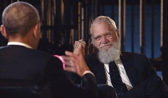 Letterman torna al talk show con Obama: un'ora perfetta senza nominare Trump