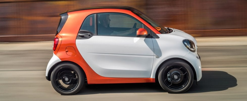 Ready to park, la Smart si parcheggia con l'app