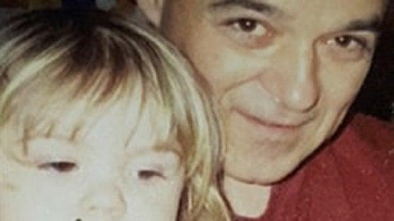 Canada, cerca il padre per 10 anni: lo trova grazie a una foto sul giornale