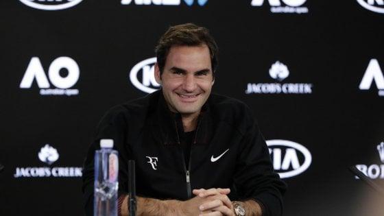 """Tennis, Federer e il bis agli Australian Open: """"A 36 anni non posso essere il favorito"""""""