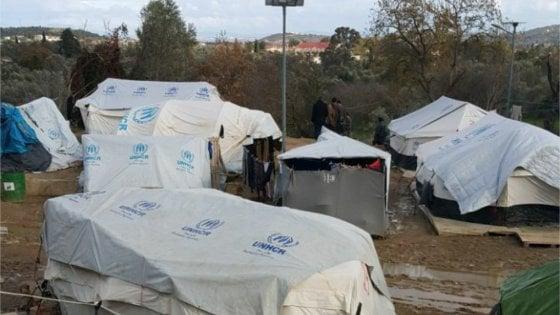 Grecia, il limbo dei migranti nell'Egeo aiutati dalle Ong mentre il Governo latita