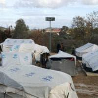 Grecia, il limbo dei migranti nell'Egeo aiutati dalle Ong mentre il Governo