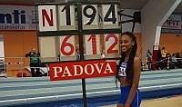 Atletica, la figlia di Fiona May vola a 6,12 nel lungo. A 15 anni record nel pentathlon giovanile
