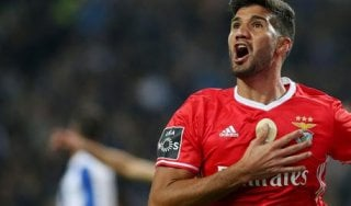 """Inter, Skriniar abbraccia Lisandro Lopez: """"Con lui ancora più forti"""""""