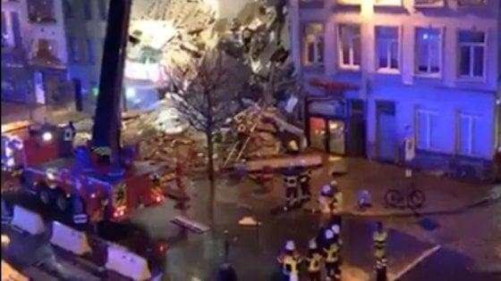 Esplode pizzeria italiana ad Anversa: estratte dalle macerie due persone morte. Ci sono 14 feriti, uno è italiano