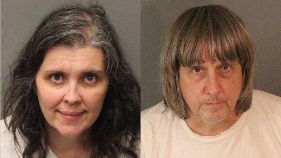 California: arrestata coppia di genitori. Da anni tenevano i tredici figli in catene e senza cibo