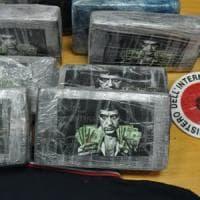 """Cocaina firmata Scarface, il mistero del traffico di droga """"griffata"""""""