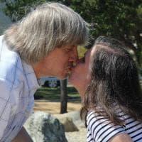 California, arrestati per aver segregato i figli in casa: le foto della coppia su Facebook