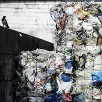 La Ue dichiara guerra alla plastica: