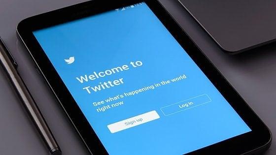 """Inchiesta su Twitter. """"Può sapere tutto di noi"""""""