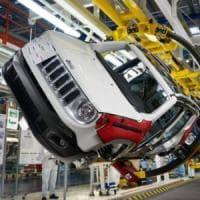 Fca sfonda il tetto del milione di auto vendute. Ma a Natale si fermano gli acquisti