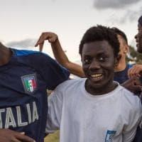 Dal Gambia all'Uefa: la storia di Abu, l'emigrante calciatore che ha commosso