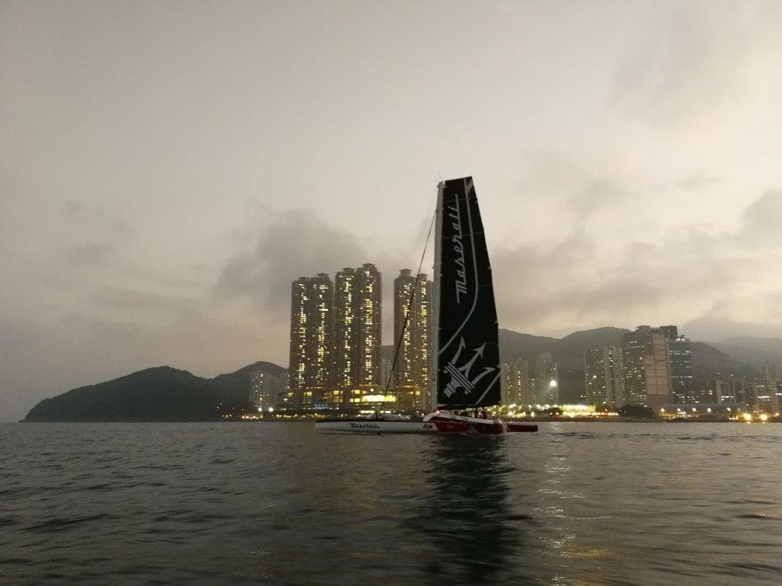 Giovanni Soldini, la sfida è lanciata: la partenza da Hong Kong a caccia dell'ultimo record