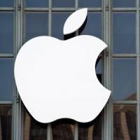Smartphone rallentati, l'Antitrust accende un faro su Apple e Samsung