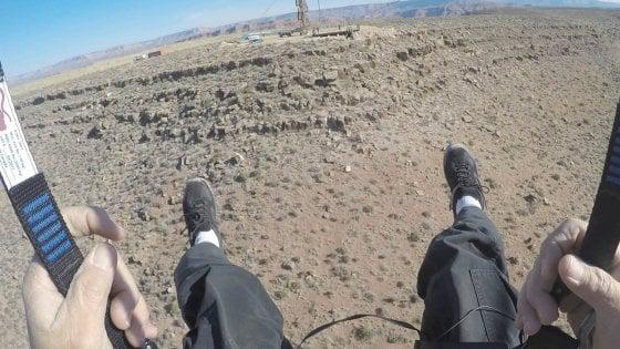 Con la zipline sul Grand Canyon. Il volo è da brivido