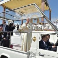 """Papa Francesco in Amazzonia: """"Difendere la terra e i suoi abitanti"""""""