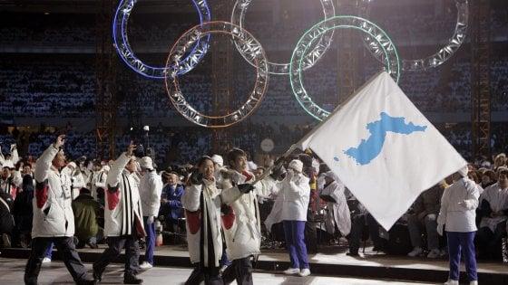 "Olimpiadi, PyeongChang: ""22 atleti della Corea Nord, ok a sfilata con un'unica bandiera"""