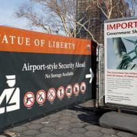 New York, lo shutdown blocca anche le visite alla Statua della Libertà