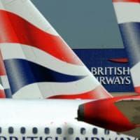 Londra, polizia arresta pilota di aereo prima del decollo: era ubriaco