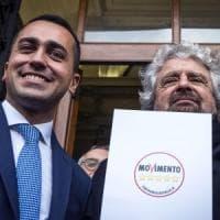 """M5s, Di Maio promette: """"Via Irap per Pmi, calo Irpef per ceto medio"""". Grillo? """"Parte..."""