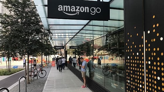 Niente casse né code. Apre a Seattle il primo Amazon Go