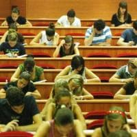 Gli studenti danno i voti: troppo impegno e poco lavoro, università italiane bocciate