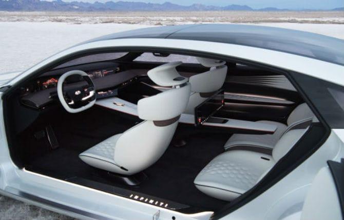 Infiniti Q Inspiration Concept, la guida autonoma solo se ti annoi