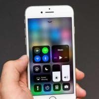 Smartphone, batteria sotto controllo: come risparmiare la carica