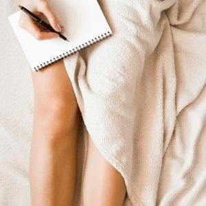 Non riuscite ad addormentarvi? Scrivete una lista di cose da fare