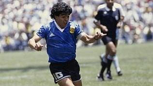 Quanto costerebbero oggi Baggio, Del Piero e Maradona? Algoritmo valuta i campioni del passato