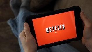 Netflix fa il pieno di abbonatie vola in Borsa: ora vale più di 100 miliardi di dollari