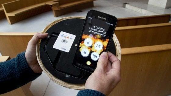 Risultati immagini per cestino in chiesa per la questua