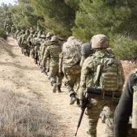 """Siria, di fronte all'offensiva turca i curdi chiamano alla """"mobilitazione in difesa di..."""