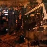 Libia, a Bengasi esplodono due autobomba: almeno 33 morti e decine di feriti