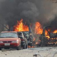 Afghanistan, attacco alla sede di Save The Children a Jalalabad: le immagini