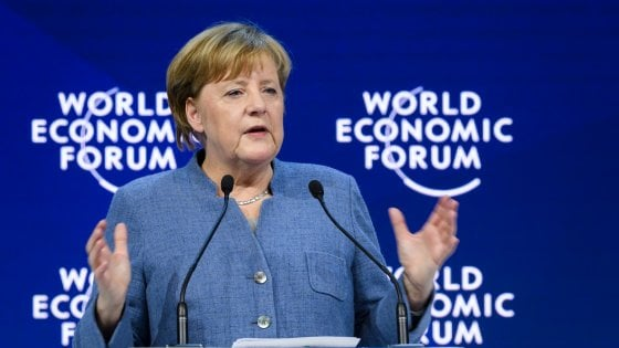 "Davos, Merkel vs. Trump: ""He did not learn the lesson of history"""