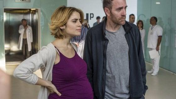 La linea verticale, la dramedy italiana che racconta il tumore