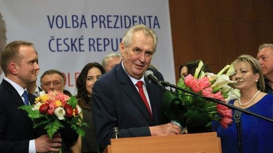 Repubblica ceca, rivince il presidente filorusso e xenofobo: all'Est nuova sconfitta europeista