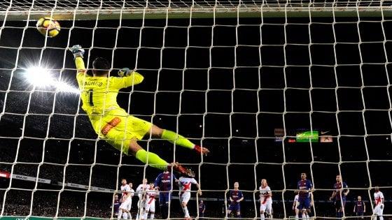 Spagna il Barcellona stavolta rischia poi ci pensano Suarez e Messi