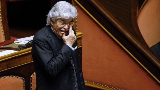 """Liste, nel centrodestra rispunta Razzi. Renzi si difende: """"E' la squadra più forte"""""""