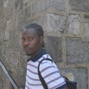 """Benevento, infermiera a ghanese: """"Torna in Africa"""". Lui la scusa: """"Gesto di stizza per la stanchezza"""""""
