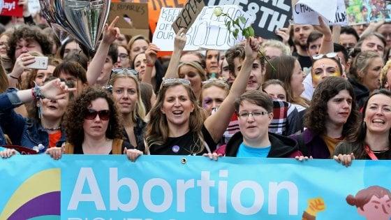 Divieto di aborto: si farà un referendum