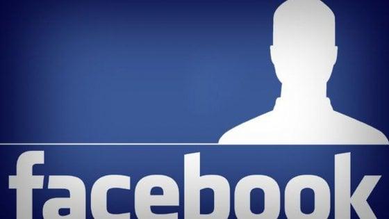 E' reato mettere foto di un altro su profilo Facebook