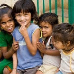 """india, ventuno milioni di bambine """"non volute"""" e sessantatre milioni """"mai nate"""""""