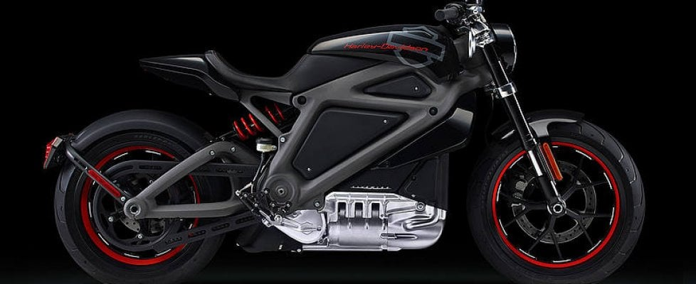 L'Harley sarà elettrica: anche il mito si arrende