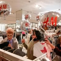H&M, conti in ribasso. Lancia l'outlet online