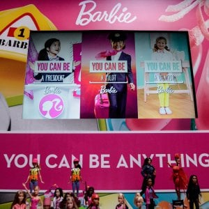La Barbie non salva Mattel, vendite in calo nonostante i regali di Natale